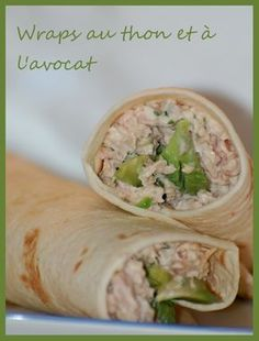 au thon et l'avocat Healthy grilled chicken and ranch wraps are loaded with chicken, cheese and ranch. These tasty wraps come together in under 15 minutes and make a great lunch or snack! Ranch and chicken are a match made Easy Healthy Recipes, Healthy Snacks, Easy Meals, Salad Recipes, Snack Recipes, Sandwich Recipes, Avocado Wrap, Healthy Grilling, Wrap Sandwiches
