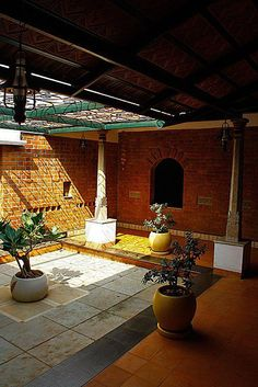 Brick House Plans, Rustic House Plans, Indian Home Design, Kerala House Design, Courtyard Design, Courtyard House, Chettinad House, House Architecture Styles, Vernacular Architecture