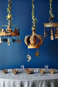 Would be an amazing decoration for Three Kings Day, the day of the Epiphany