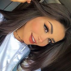 Tão felizinha 😆 Amanda hummer é Linda Glamorous Makeup, Glam Makeup, Beauty Makeup, Face Makeup, Hair Beauty, Drugstore Beauty, Makeup Looks Winter, Cute Makeup Looks, Simple Makeup