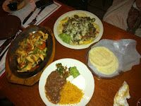 Review Sabor a Mexico: http://uppereastsideinformer.blogspot.com/2011/04/la-comida-tipica.html