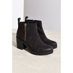 Vagabond Nubuck Grace Double Zip Boot (2 075 ZAR) ❤ liked on Polyvore featuring shoes, boots, ankle booties, black, black booties, short boots, chunky black boots, chunky boots and chunky booties