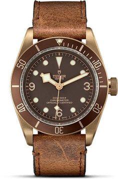 Tudor Black Bay Bronze bracelet cuir vieilli - The Watch Observer Tudor Black Bay Bronze, Tudor Bronze, Fine Watches, Watches For Men, Men's Watches, Fashion Watches, Unique Watches, Elegant Watches, Vintage Watches