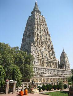 Templo Mahabodhi em Bodh Gaya, na Índia.  O local onde Gautama Buda alcançou a iluminação.