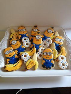 Diverta idea para aperitivo de una celebración de cumpleaños Minions