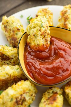 Skinny Cauliflower Tots by table.io #Appetizers #Cauliflower_Tots #Light minus the breadcrumbs..