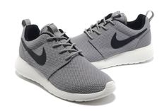2014 cheap nike shoes for sale info collection off big discount.New nike roshe run,lebron james shoes,authentic jordans and nike foamposites 2014 online.Welcome to order one. Nike Shoes Cheap, Nike Free Shoes, Running Shoes Nike, Cheap Nike, Running Sports, Buy Cheap, Nike Free Runners, Nike Outlet, Black And White Sneakers