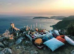 ouvenir 22.08.18 ✨ . . #somuchlove #shesaidyes #beautifulplace #wanderingphotographer #wanderful_places #loveyoutothemoonandback
