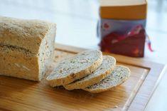 SUPER SAFTIG BRØD TIL KVELDSMAT - treningsfrue.no Bread, Baking, Food, Brot, Bakken, Essen, Meals, Breads, Backen