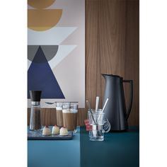 The stylish design of the Rosendahl Copenhagen Grand Cru thermos jug is typically Danish. The slender design has the four grooves that are the Simple Lines, Copenhagen, Latte, Danish, Glass, Beverages, Plastic, Button, Coffee