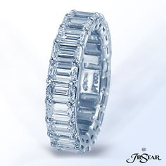 Style 7122 Platinum diamond eternity band handcrafted with 21 perfectly matched emerald-cut diamonds in shared-prong setting. #diamondeternityband #eternityband