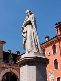 Alessandro Negrini -- Dante -- Statue of Dante Alighieri in Piazza dei Signori  -  Verona, Veneto, Italy