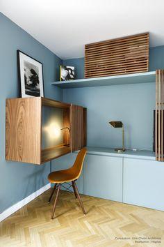 For an apartment renovation in Paris, Hopfab craftsmen realized . Dorm Design, Home Office Design, Office Decor, Interior Design, Study Table Designs, Home Office Cabinets, Estilo Interior, Tv Decor, Home Decor