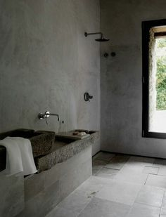 Cement screed walls for bath area