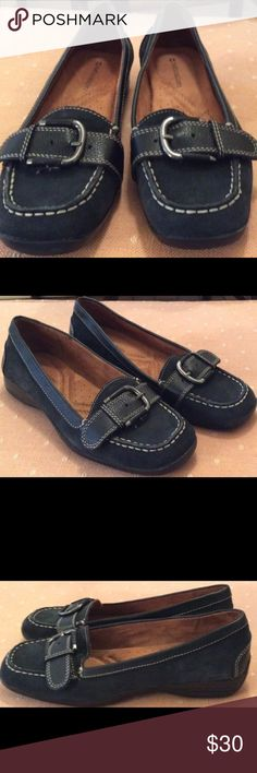 Brand new Naturalizer black suede flats Brand new Naturalizer black suede flats, with cute buckle Naturalizer Shoes Flats & Loafers