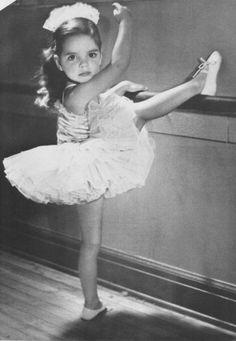 Liza Minnelli (age 4-5)
