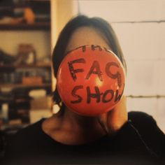 The Fag Show, by Sarah Lucas. Renowned for her brazen, unapologetic work, which takes on misogyny and the sexualization of the human b. Sarah Lucas, Contemporary Photographers, Contemporary Artists, Cinematography, Art History, Art Photography, Artsy, Breast, Inspiration