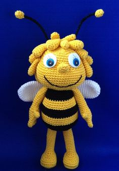 Mesmerizing Crochet an Amigurumi Rabbit Ideas. Lovely Crochet an Amigurumi Rabbit Ideas. Crochet Bee, Crochet Amigurumi, Cute Crochet, Amigurumi Doll, Amigurumi Patterns, Crochet Crafts, Crochet Dolls, Crochet Projects, Crochet Patterns