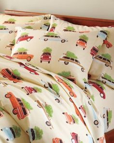 Holiday Road Trip Flannel Comforter Cover~ 174 bucks for the total, 4 pillowcases, 2 queen fitted sheets, 1 flat, 1 king sized comf cover