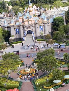 I love Disney!! Can't wait to revisit!!Disneyland and DisneyWorld will be open for 24 hours on leap day!