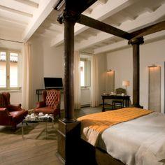 Luxurious accommodation at Palazzo Seneca, Norcia, Umbria.
