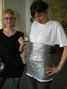 Etsy Labs Archive: Dress Form Tutorial: Want to make an exact replica of your body for custom work? Looks easy Diy Clothing, Sewing Clothes, Doll Clothes, Duct Tape Dress, Make Your Own Dress, Schneider, Diy Dress, Dress Form, Sewing Tutorials