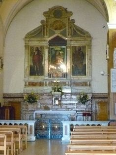 San Giovanni Rotondo Italy Old Church. Beautiful place for mass. Italy Trip, Italy Travel, Italy In November, Old Churches, Southern Italy, Catholic Saints, Place Of Worship, Cathedrals, Rome