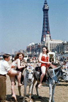 When A Day At The Beach Was Fancy: Blackpool, 1954 As daylight hours start to dwindle and temperatures commence their downward slide, let us wax nostalgic about the summer via vintage photos of Blackpool, England. For more than 100 years, the quaint seaside town offered fun for residents and tourists alike: from donkey rides to beauty contests and diners to drink carts, the sun always shone in Blackpool..at least for a time.