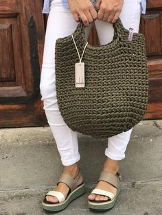 Crochet Tote Bags by anoukseydou Crochet Beach Bags, Crochet Tote, Crochet Handbags, Crochet Purses, Scandinavian Style, Smart Casual Outfit, Tote Bags Handmade, Market Bag, Tenerife