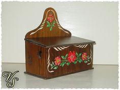 Zwiebelkasten braun Holz 70er Vintage. Von vintageschippie bei DaWanda.