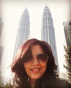 The Mandatory Petronas Selfie! #VacationSelfie #vacation #PetronasTowers #aviators #Malaysia #KualaLumpur
