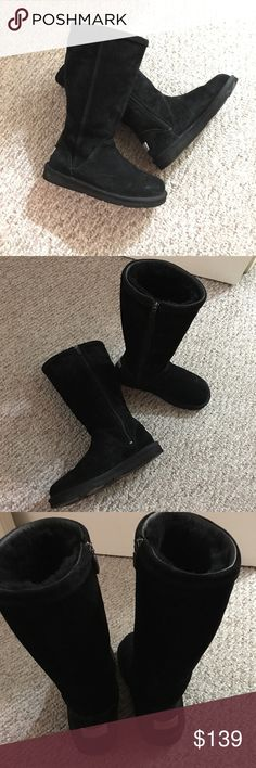 872c348d1b9d Ugg tall zipper boots EUC. Used only a few times. Great condition