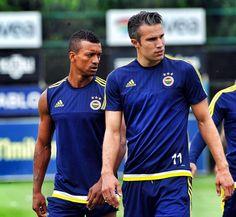 Robin van Persie ve Luis Nani! #Fenerbahçe