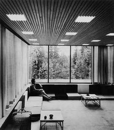 truls teigen… architects arne korsmo and christian norberg-schulz, oslo, 1954 @ vg Contemporary Interior Design, Modern Design, Oslo, Arch House, Mid-century Interior, Famous Architects, Vintage Interiors, Mid Century House, Mid Century Design