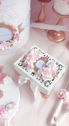 Money Box Wedding, Wedding Ring Box, Wedding Boxes, Wedding Cards, Diy Wedding, Elegant Wedding, Box Wedding Invitations, Wedding Favors, Wedding Gifts