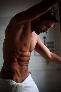 Follow Hunk'o'pedia for more hot guys!   Follow my personal blog