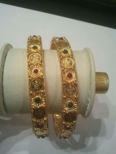 Indian Gold Jewelry Near Me 1 Gram Gold Jewellery, Temple Jewellery, Gold Jewelry, India Jewelry, Plain Gold Bangles, Gold Bangles Design, Gold Bangle Bracelet, Crystal Bracelets, Pendant Jewelry