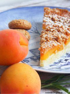 mellimille: Knusprige Angelegenheit... Aprikosentarte mit Mandelcreme und Amarettinicrunch