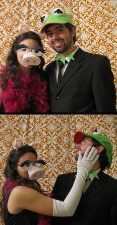 Miss Piggy ♥ Kermit #halloween #costumes @Katie Hannan