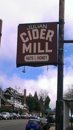 Cider Mill in downtown Julian has all kinds of homemade goods. Love their Rasberry Preserves and 🍎 Cider. Julian California, Places In California, Central California, California Dreamin', Fun Places To Go, Places To Visit, Vacation Places, Vacation Ideas, Vacations