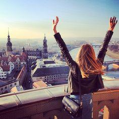 Un momento www.livingmoda.es sentir que estás viviendo una experiencia única. La gastronomía de moda a favor de la buena vida. Key words: Good moments, feeling, friends, love, food, photography, life...
