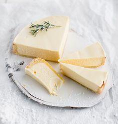 15 parasta juustokakkua - näillä hurmaat taatusti! - Kotiliesi.fi Limoncello, Piece Of Cakes, Key Lime, Nutella, Cheesecake, Deserts, Dessert Recipes, Dairy, Sweets