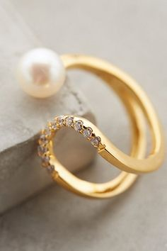 Matches the bracelet. Very Elegant. Pearl Eclipse Ring #anthropologie #anthrofave #flashpaperscissors