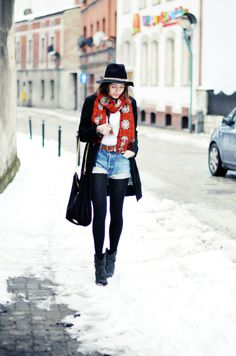 """JESTEM KASIA. 23 year old student from Silesia, Poland. """"I launched my blog in July 2009, when fashion blogging wasn't very popular in Poland. I love hippie/boho, vintage& minimalist style and so are my outfits.""""  web: http://www.jestemkasia.com/, http://lookbook.nu/user/63384-Kasia-G, https://www.facebook.com/JestemKasiaBlog, https://twitter.com/JestemKasia/."""