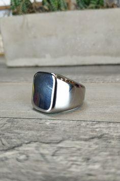 Δαχτυλίδι 'Iron' (Ατσάλι) Men Rings, Gemstone Rings, Gemstones, Jewelry, Male Rings, Jewellery Making, Jewerly, Gems, Jewelery