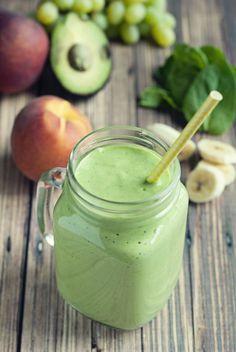 Banana Peach Green Smoothie Green Smoothie Recipes, Juice Smoothie, Smoothie Drinks, Smoothie Bowl, Healthy Smoothies, Healthy Drinks, Healthy Snacks, Healthy Eating, Healthy Recipes