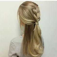 Simple BRAID to show off fresh color!  look created by @alliedoeshair @alliedoeshair ✨ #braidideas #beyondtheponytail