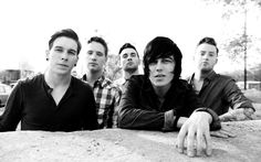Image from http://www.mtv.com/crop-images/2013/09/13/SleepingWithSirens.jpg.
