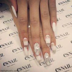 Glitter white nails inspiration