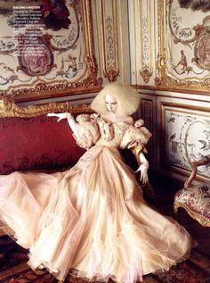 vfairytale, queen, princess, heroine, villain, evil, prince, knight, fairy, elf, Mary Antoinette, fantasy, mermaid. angel, devil. ogue fashion editorial by Grace Coddington